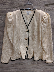 Silk Studio Creme Button Up - Closet Freekz