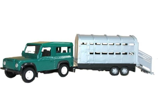 Teama 4x4 Vehicle With Livestock Trailer