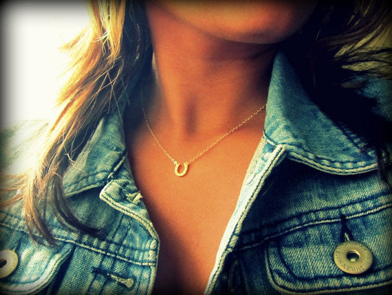 Tiny Horseshoe Necklace / Sterling Silver / Gold