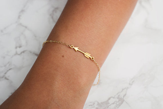 Small Arrow Bracelet / Silver / Gold /