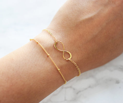 Simple Infinity Bracelet / Gold / Silver