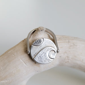 In the Sand Reversible Rings