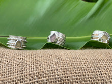 Load image into Gallery viewer, Sea Glass Spinner Rings