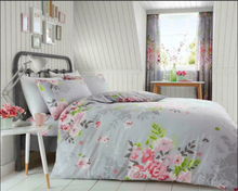 Load image into Gallery viewer, Gaveno Cavailia Alice Reversible Duvet Cover Set