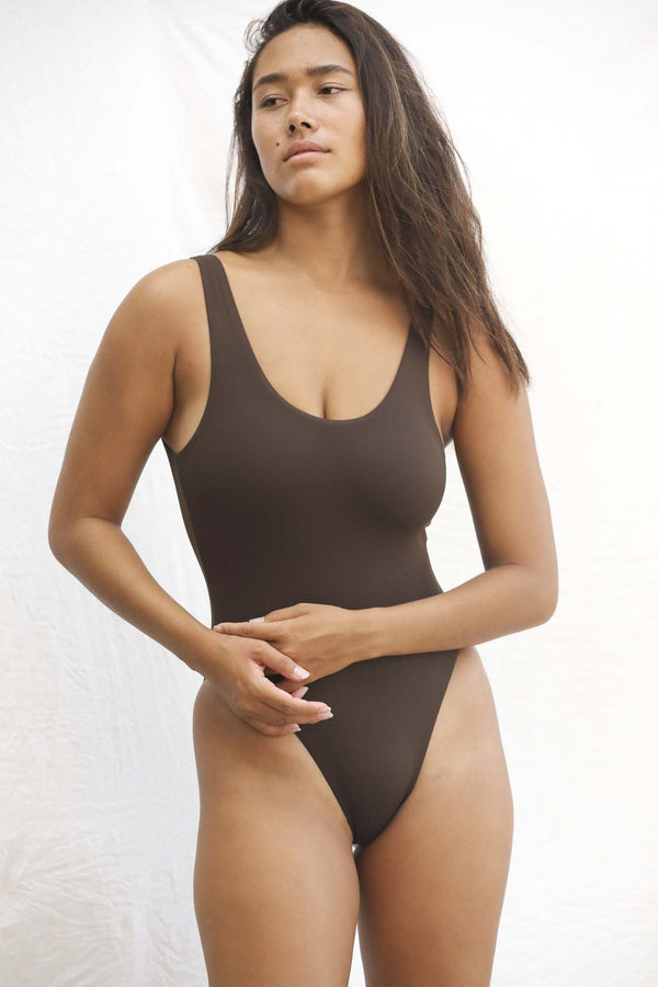 Signature Scoop One Piece (Espresso)
