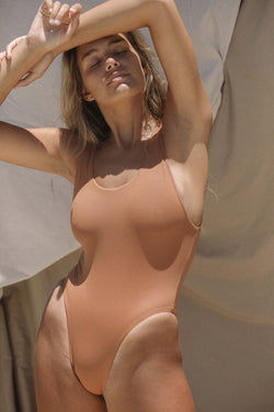 Signature Scoop One Piece (Panama) *FINAL SALE*
