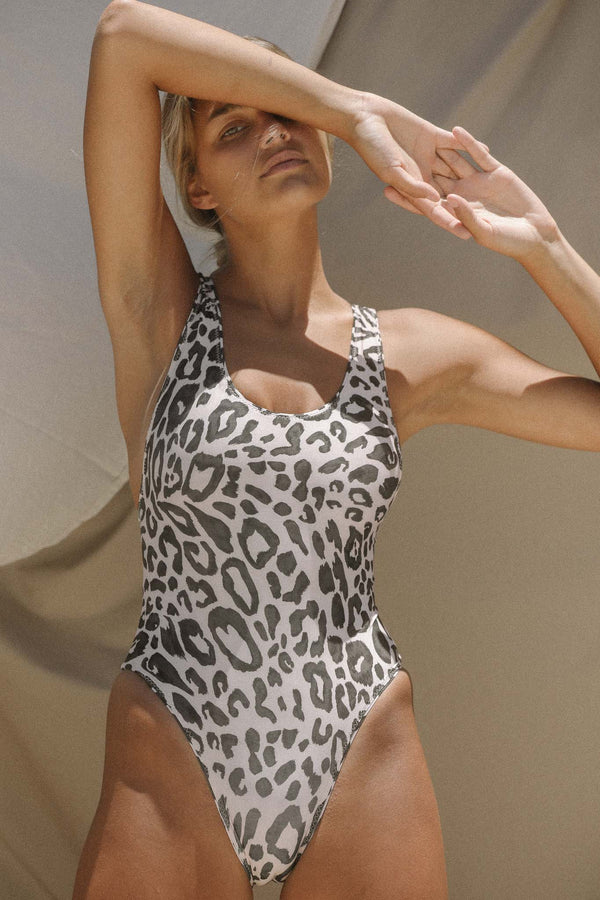 Signature Scoop One Piece (Spot) *FINAL SALE*