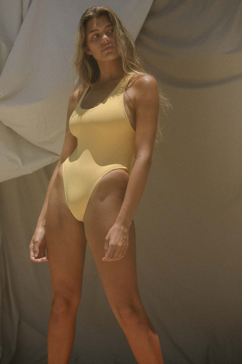 Signature Scoop One Piece (Banana) *FINAL SALE*