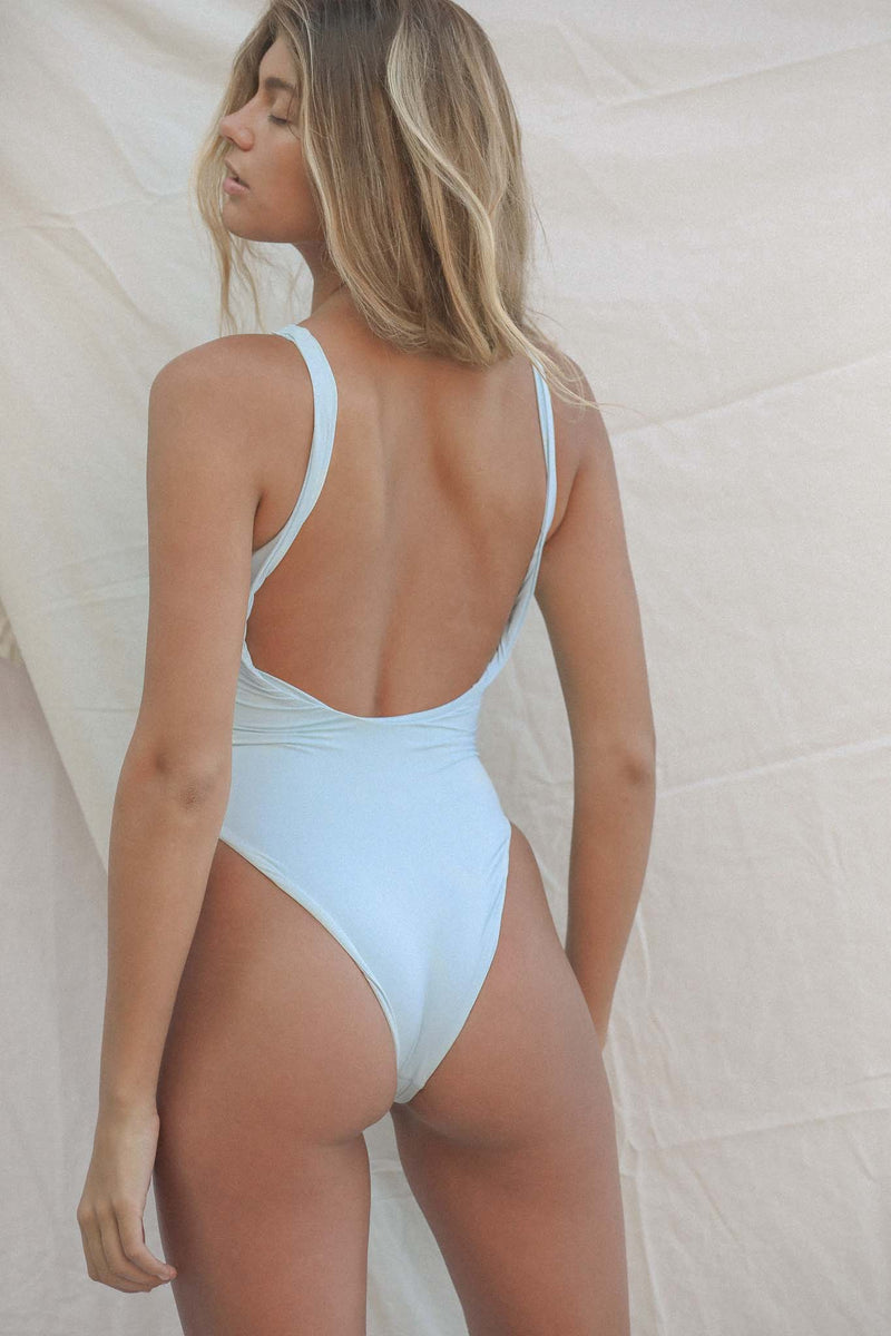 Signature Scoop One Piece (Baby Blue)