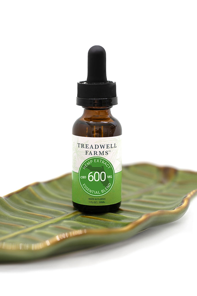 Treadwell Farms Citrus Spice Hemp Extract is made of pure organic CBD Hemp Treadwell Farms 600 mg lower potency Essential Blend Hemp Extract is made of pure organic CBD Hemp Extract, a satisfying blend of organically grown CBD Hemp Extract, Sunflower Lecithin, and MCT Oil (Coconut Oil)