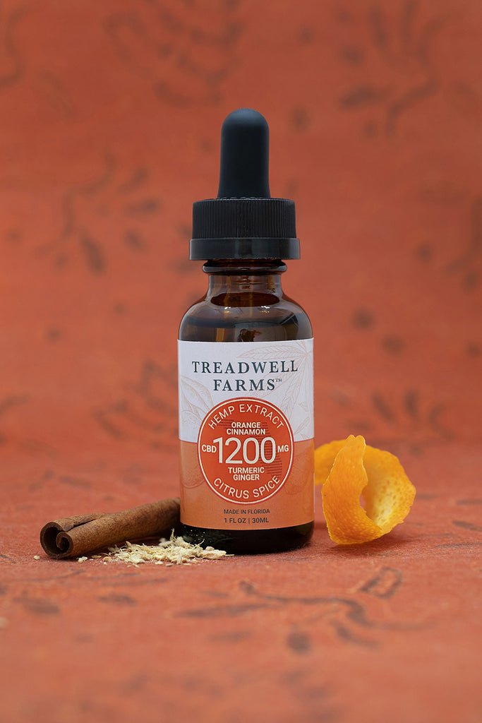Treadwell Farms Citrus Spice Hemp Extract is made of pure organic CBD Hemp Extract, a satisfying blend of organically grown CBD Hemp Extract, Sunflower Lecithin, MCT Oil (Coconut Oil), Orange, Cinnamon, Turmeric, and Ginger