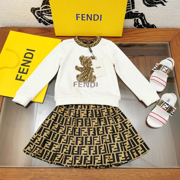 Fendi Set girl blues and skirt with box and tag