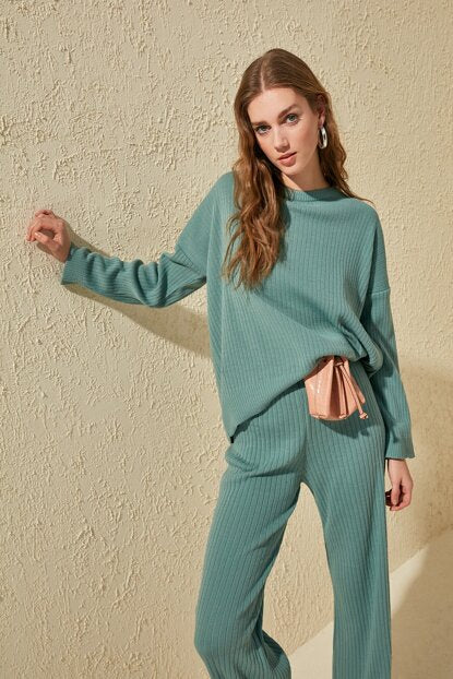 Knitted Suit - Mint