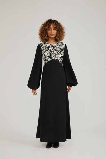 The Wendy Dress Maxi Dress in Black