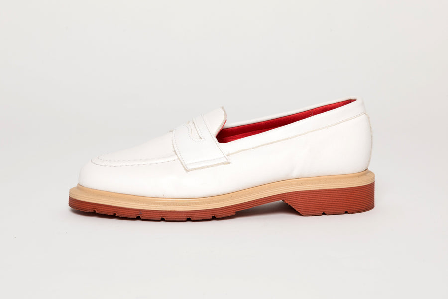Bloody Good Guys / Jane Vegan Leather Loafer in White
