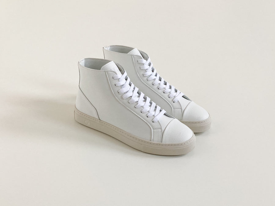 Visby Unisex Vegan High Top Trainers in White