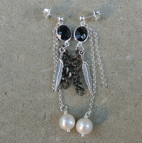 """Gatsby"" Earring- Black"