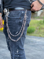 Load image into Gallery viewer, a&g-rock-fleur-de-lis-cylinder-wallet-chain-model