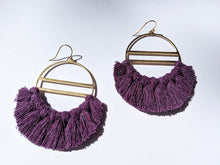 Load image into Gallery viewer, Cove Earrings