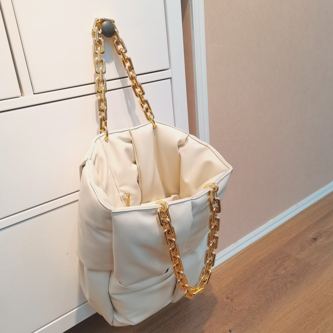 PADDED LEATHER TOTE WITH CHAIN