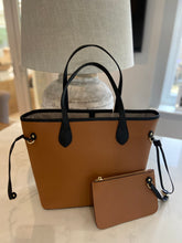 "Load image into Gallery viewer, LE MIEN "" ALEXA"" LEATHER TOTE TAN"