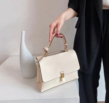 Load image into Gallery viewer, LE MIEN PEONY CROSSBODY BAG