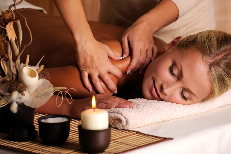 aromatherapy massage with oil