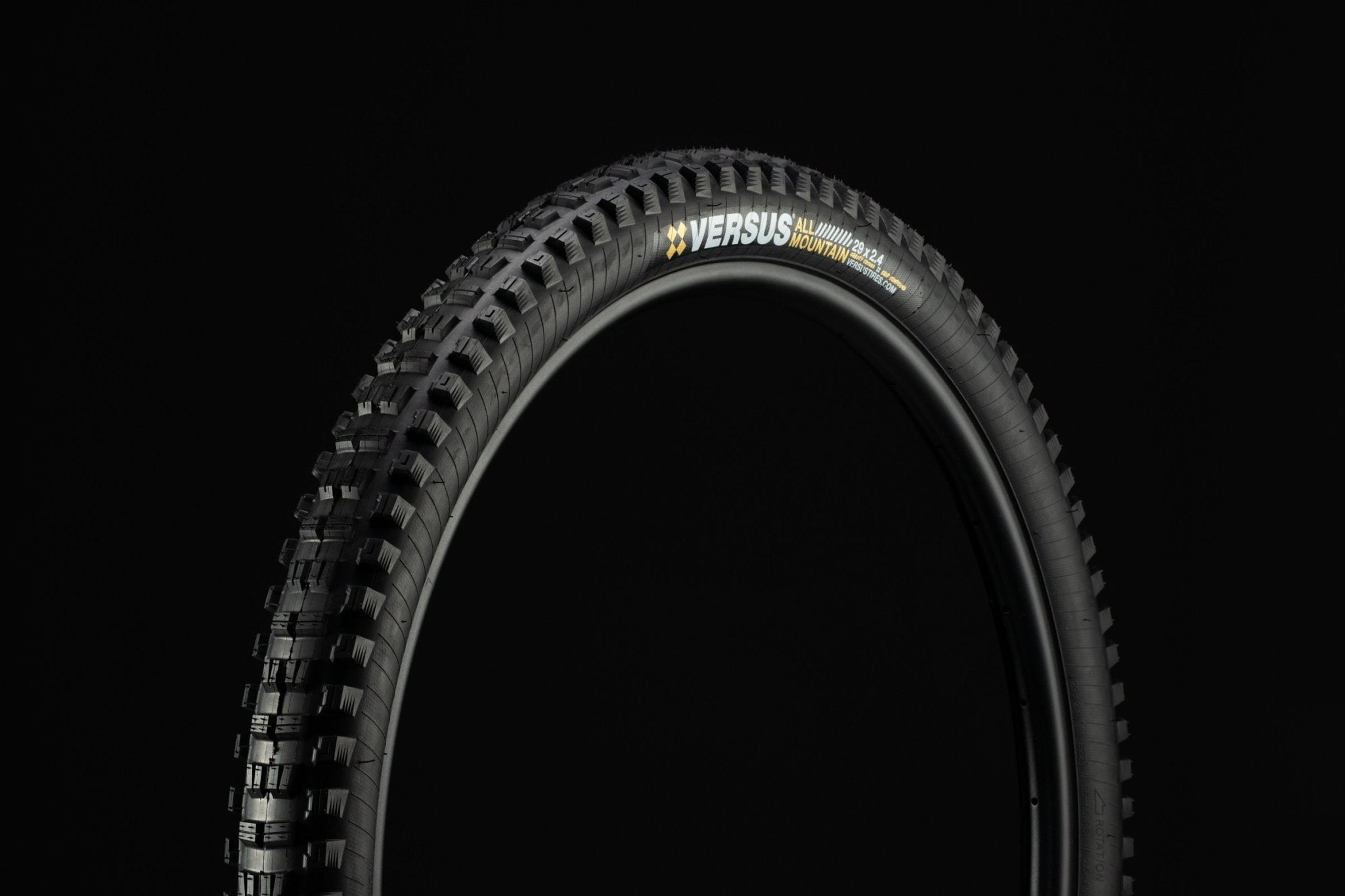 29x2.4 // Gravity Casing // Black (Pair) - Versus Bicycle Tires