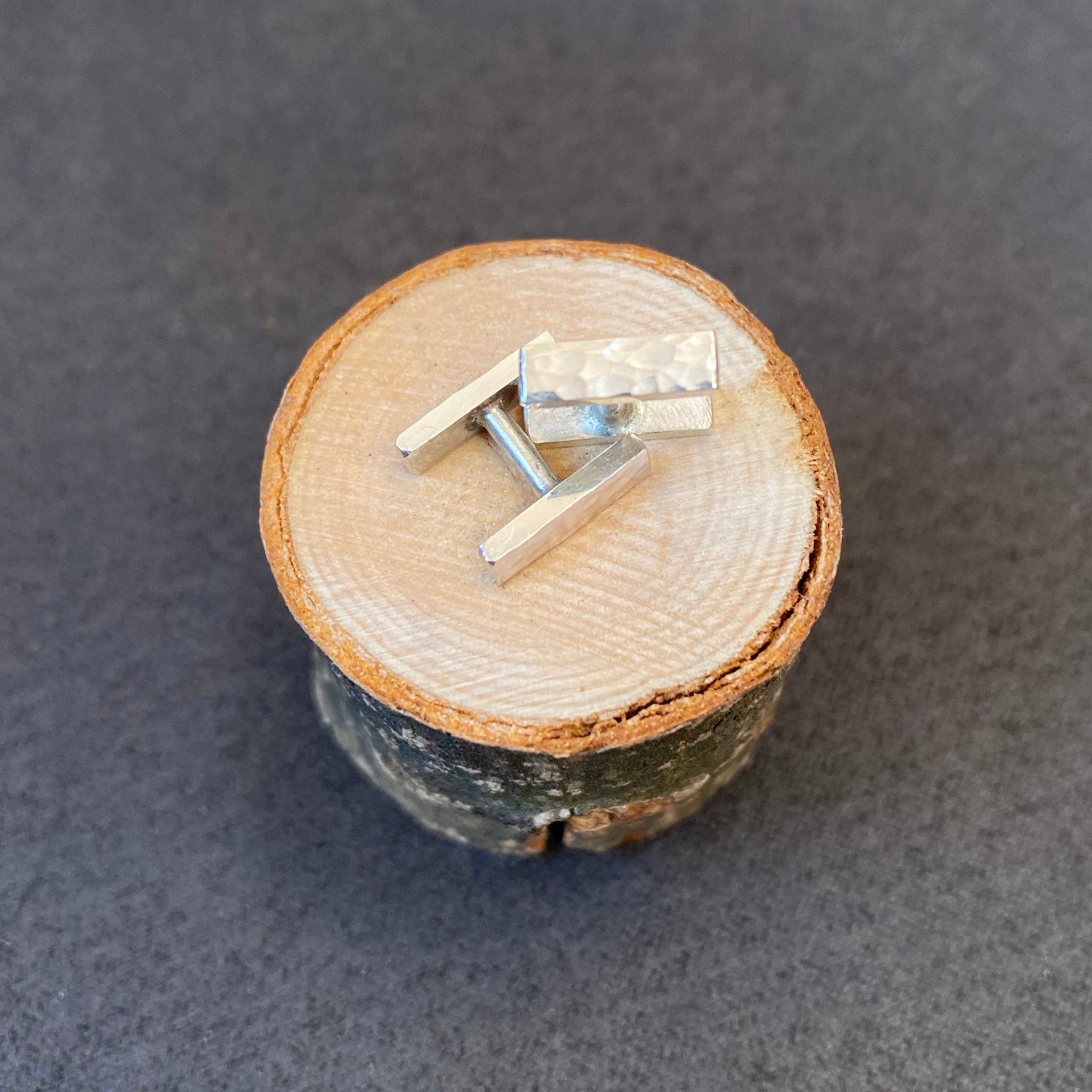 Hammered bar cufflinks