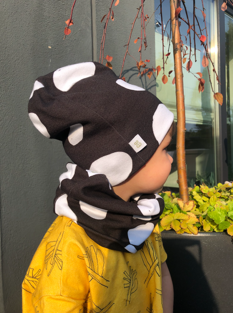 Organic cotton neck warmer sustainable clothes for children