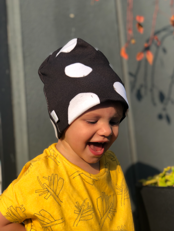 Organic cotton beanie sustainable clothes for children