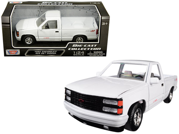 1992 Chevrolet 1500 SS 454 Pickup Truck White 1/24 Diecast Model by Motormax