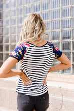 Load image into Gallery viewer, Flower Power Raglan Top In Blue