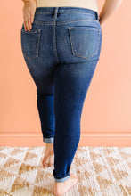 Load image into Gallery viewer, Melinda Mid-Rise Jeans