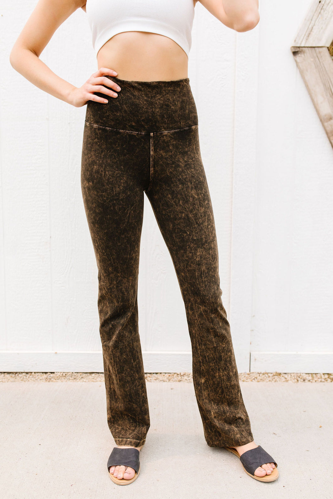 Mountain Pose Mineral Wash Yoga Pants In Brown
