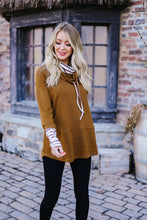Load image into Gallery viewer, Rustic Comfort Striped Contrast Pullover