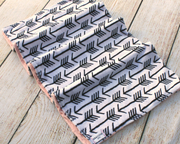 Black and White Arrow Blanket