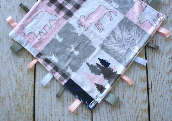 Cabin Pink Taggy Blanket