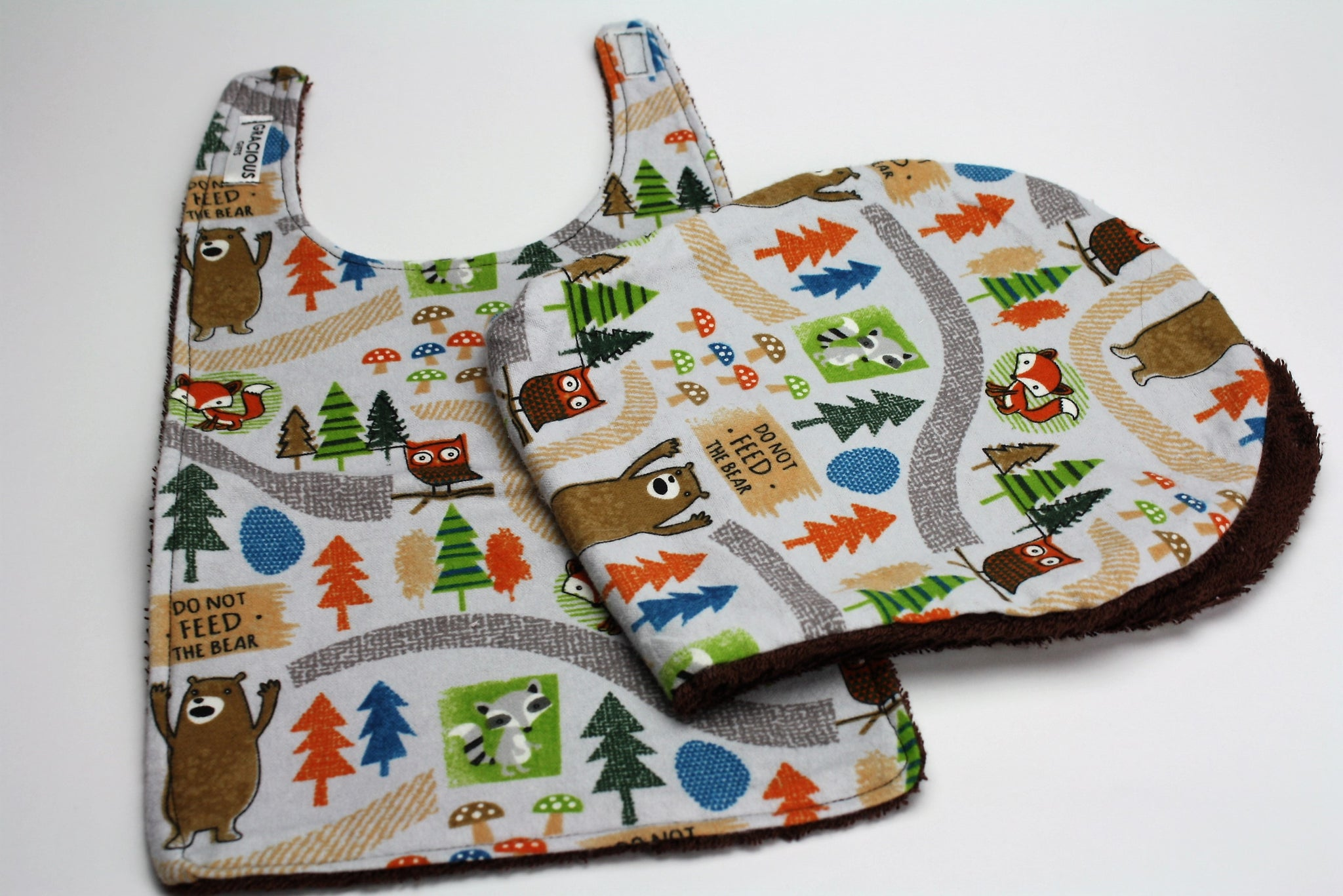 Don't Feed the Bears Bib and Burp Cloth
