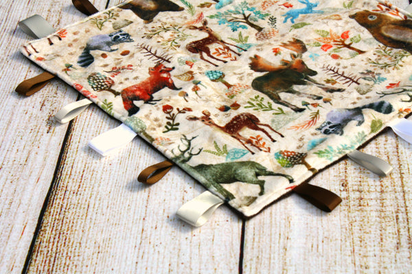 Gender Neutral Realistic Woodland Taggy Blanket