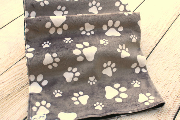 Paw Blanket