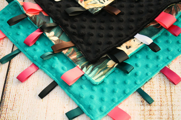 Tropical Floral Taggy Blanket