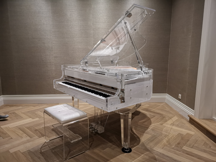 SALE NOW ON - Crystal SELF PLAYING Grand Piano