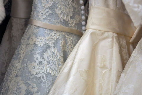 Guide to buying your wedding dress