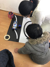 Load image into Gallery viewer, STEMLOOK Robotics School Chatswood Robot Explorers Teaching children to Accomplish Tasks