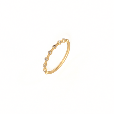 Nine Diamond Verlobungsring in 18 k Gold