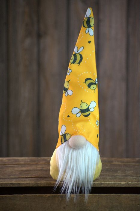 Bumble Bee Gnome 15in