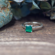 Load image into Gallery viewer, Princess Cut Natural Gemstone Rings | Amethyst, Citrine, Clear Quartz, Peridot, Garnet, Green Onyx