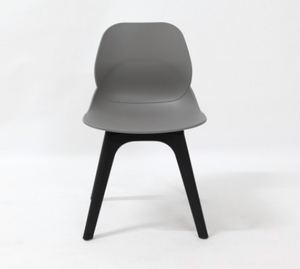 C89 - Cafe Chair