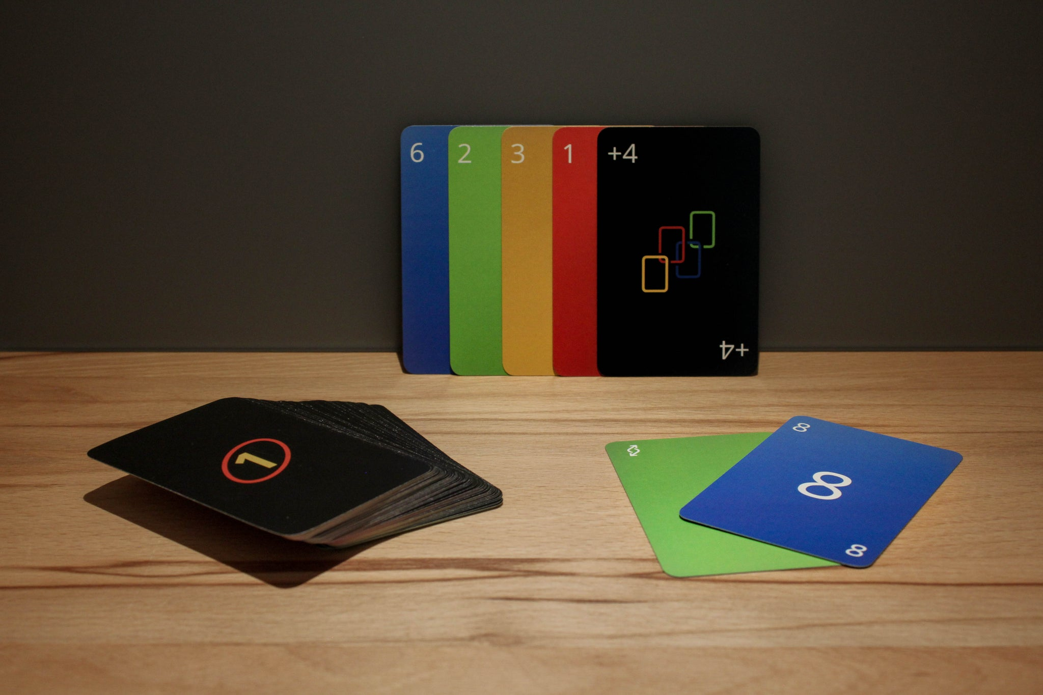 Minimalistic UNO Card Game
